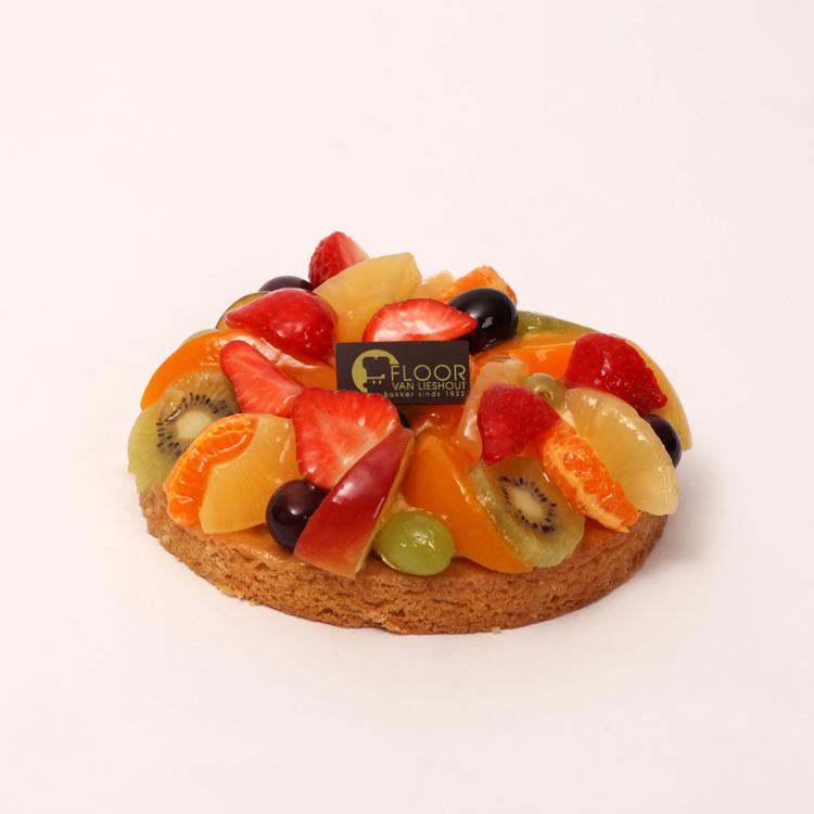 Vers fruit op bretoener bodem met room van Bakkerij Floor van Lieshout