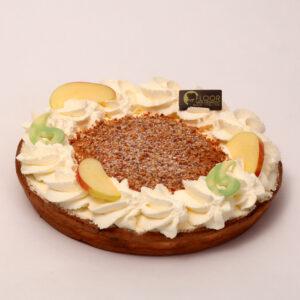 Appelvlaai met slagroom van Bakkerij Floor van Lieshout