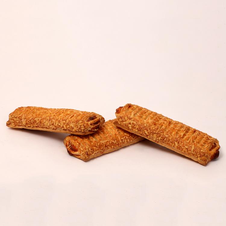 Beemsterkaas broodje dagelijks vers verkrijgbaar van bakkerij floor van lieshout